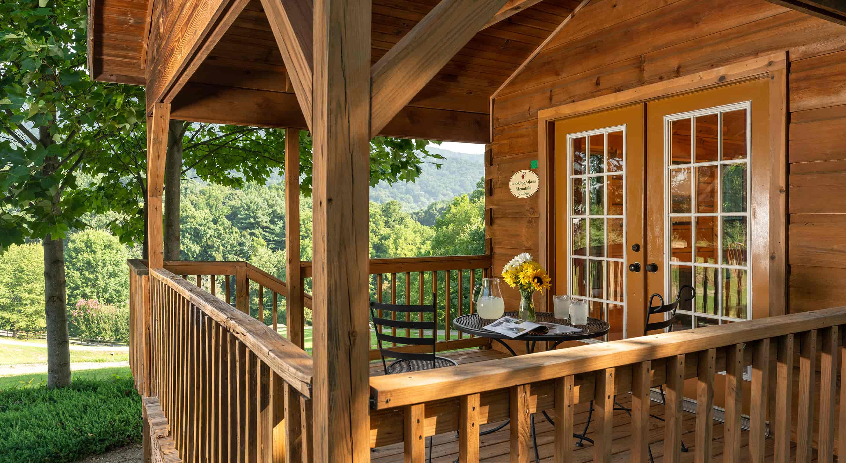 Looking Glass Mountain Cabin deck